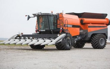 Combine + grain cart = Tribine