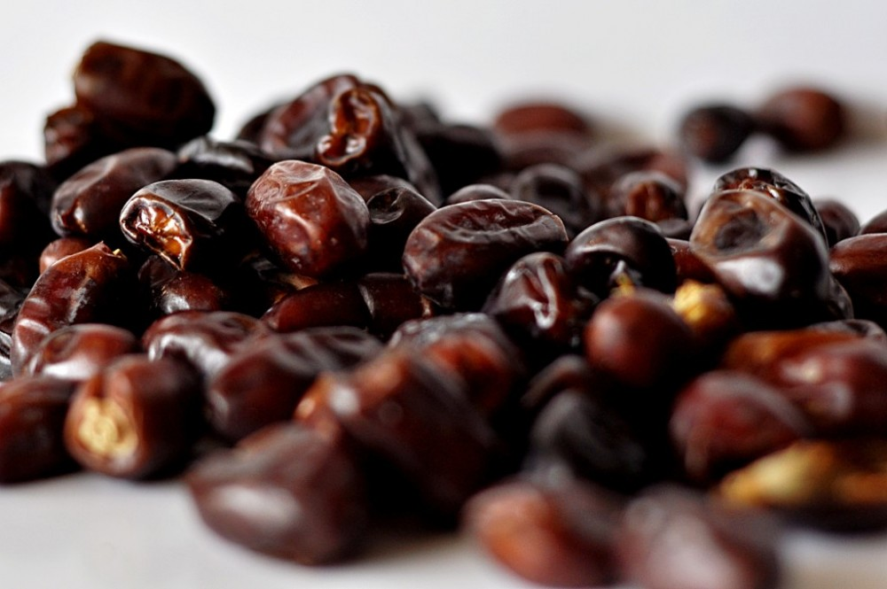 Poor law and order : Demand of dates falls to 35 percent
