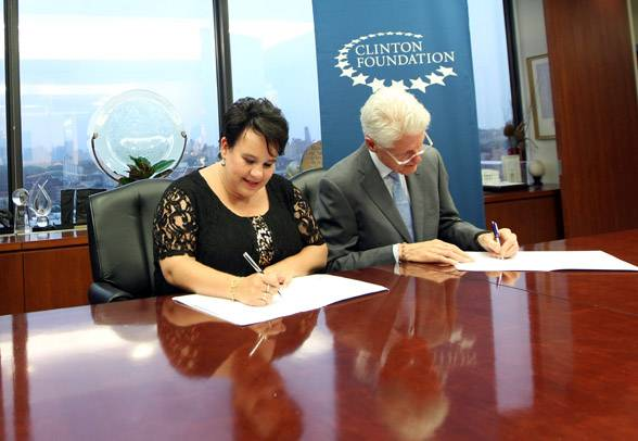 Government of the Netherlands and Clinton Foundation partner to implement climate-smart agriculture News item | 12-07-2013