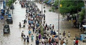 FLOOD-RAVAGED INDIA STRUGGLES WITH RELIEFFLOOD-RAVAGED INDIA STRUGGLES WITH RELIEF