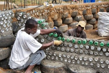 Self-Sufficient Earthship Community Planned For Malawi