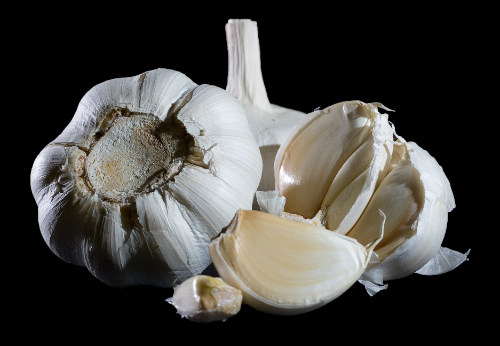 What You Need To Know About the Side Effects of Garlic