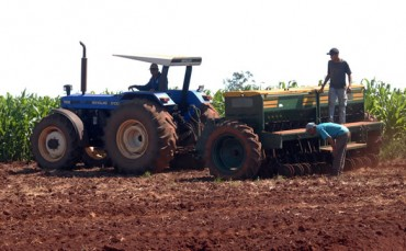 AGRICULTURE AND TECHNOLOGY: Agribusiness skewed