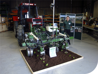Civics Turn Out To Honoure Gardford Farm Machinery In Agribusiness